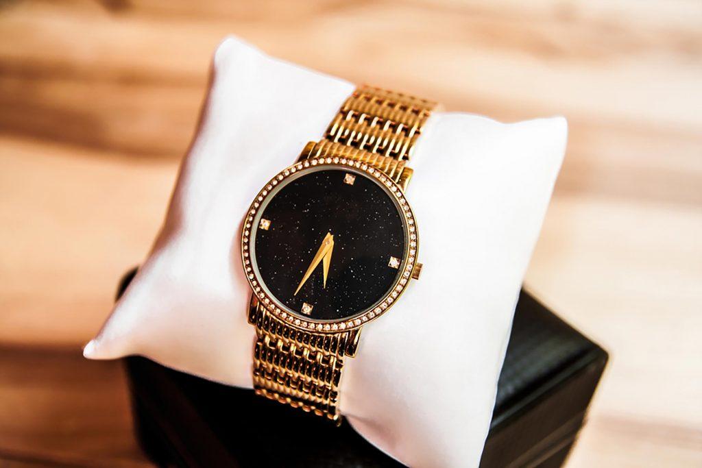 ceas cadou sofisticat
