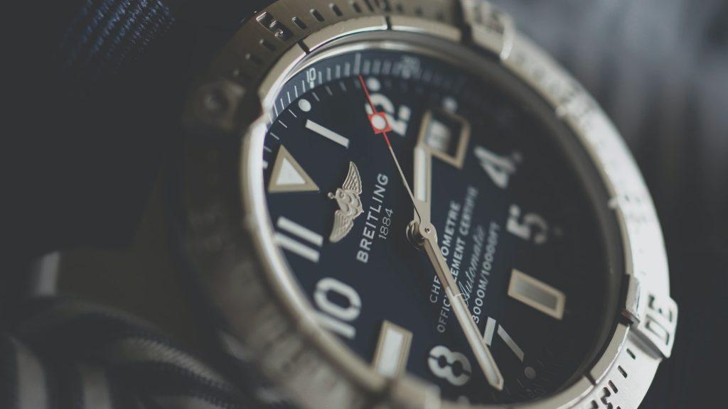 ceasuri cu cronograf si tahimetru